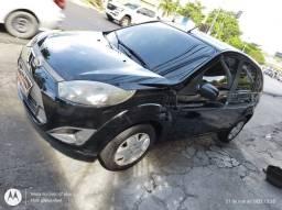 Ford Fiesta 2011/2012 aceito seu carro no negócio