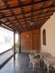 Título do anúncio: Casa à venda com 4 dormitórios em Novo glória, Belo horizonte cod:3994