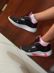 Lindas sandálias ? é tênis pra você arrasa ? whatsapp ? *