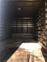 Baú seco para caminhão 3/4 4,5 metros Carropel em estado de novo