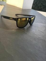 Óculos Oakley Holbrook Preto e Dourado