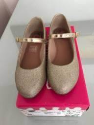 Vendo calçado infantil Molequinha