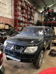 Sucata para retirada de peças- Mitsubishi TR4 2012