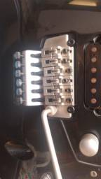 Vendo ou troco Guitarra Cort viva séries revisada e regulada a parte elétrica
