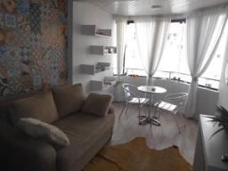 Lindo apartamento -Locação Temporada - no centro de Balneário Camboriú. 02 Dormitórios