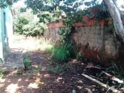 Casa - Village Garavelo - 2Q, 1B - Constr: 68m² - Terren: 360m² - IPTU: R$67,00/Mês