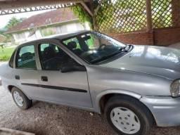 Vendo Corsa Sedan Wind Prata 2000/2001 - 4 portas c/ ar condicionado
