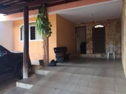 Casa, Urias Magalhães 04 quartos sendo 01 suite com closets