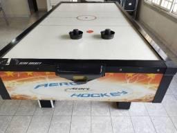 Mesa Air Hockey