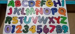 Tabuleiro Alfabeto de encaixe  Branco