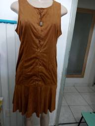 7 vestidos tamanhos diversos por 150.00