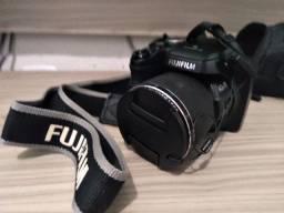 Título do anúncio: Camera Fujifilm S8200