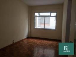 Título do anúncio: Apartamento com 1 dormitório para alugar, 65 m² por R$ 900/mês - Alto - Teresópolis/RJ