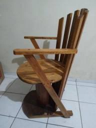 Título do anúncio: Cadeira madeira.