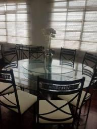 Jogo mesa Centro giratório 8 cadeiras R$2000