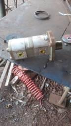 Bomba hidráulica dupla inversa valmet/valtra