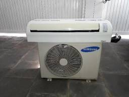 Ar Condicionado Split Samsung 12.000 btus. Oportunidade