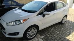 New Fiesta sedan automático - 2014