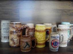Canecas de Porcelana Antiga de Chopp Colecionável
