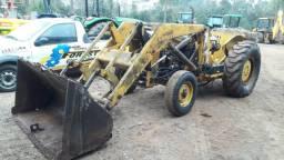 Retro Escavadeira Massey (pula pula) Tração 4x2 Motor novo