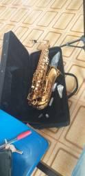Saxofone Condor. Alto. SCA 31. Semi- Novo