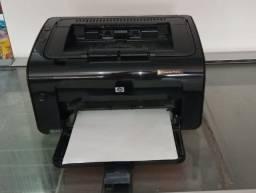 Impressora Laser HP P1102w com Toner Novo