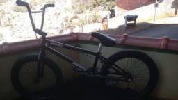 Bicicleta BMX-DRB