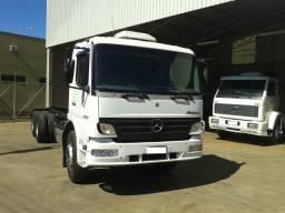 Caminhão Mb Atego 2425 Chassi 2012