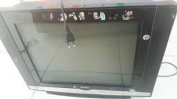 Tv de tubo, pequeno defeito no volume , só levar pro técnico aumentar.