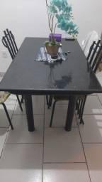 Mesa 4 cadeiras média