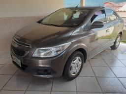 Prisma Sedan - 2013 - Único Dono