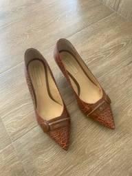 Sapato salto número 37