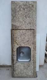 Pia em granito Santa Cecília