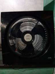 Vantilador quadrado da Arno turbo silencio