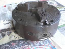 Placa para torno com 3 castanhas diâmetro de 240 mm