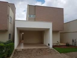 Casa em Condomínio com 4 dormitórios e piscina privativa, Bairro Morros