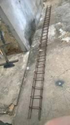 Coluna de ferro para construção