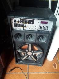 Vendo essa caixa de som por apenas 350,00!preço negociável!