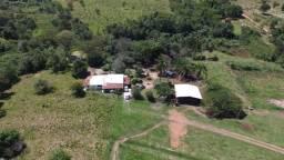 Fazenda em 2 irmãos - região Pontalina