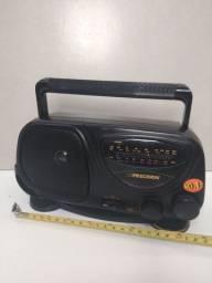 Rádio antigo FM funcionando