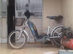 Vendo bike elétrica