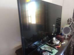 TV monitor AOC com defeito