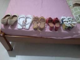 Sapatos femininos n° 37. *. R$ 25,00 o par. vendo junto ou separado