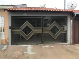 Casa usada para venda em uma ótima localização bairro Itaparica em Alfenas