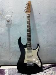 Guitarra 550,00