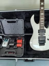 Belíssima guitarra Dean Mab 3 zero.