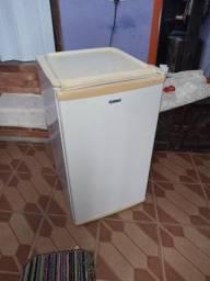Título do anúncio: Refrigerador compacto 120 Consul, ótimo estado.