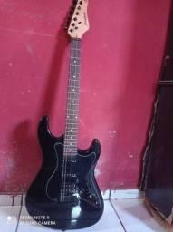 Guitarra da Strinberg.