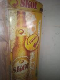 Cervejeira horrizontal