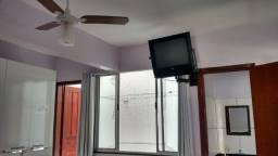 Kitnet mobiliada em Piúma 01 quarto